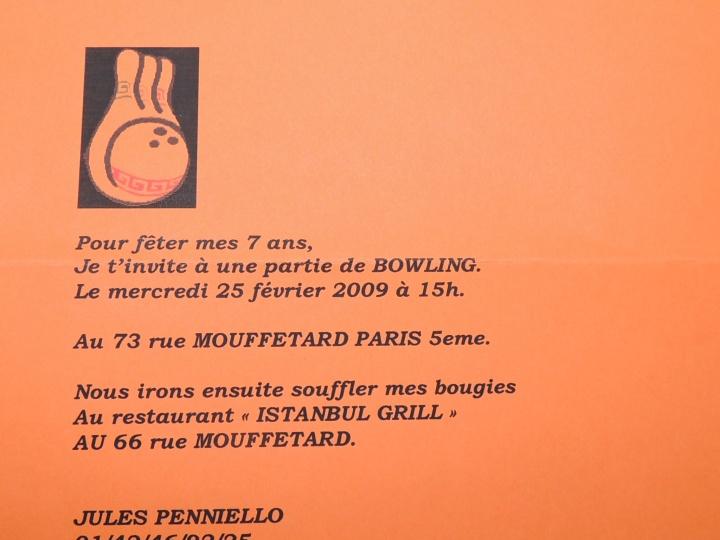 Anniv Jules 7 ans .L'invitation en question. Une jolie feuille en couleur sur la quelle on scanne des quilles. Trop facile hein Jules ?