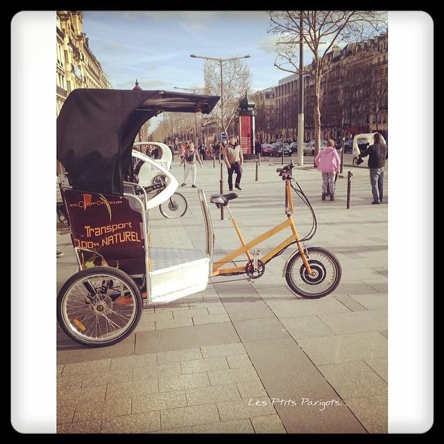 Champs Elysées.