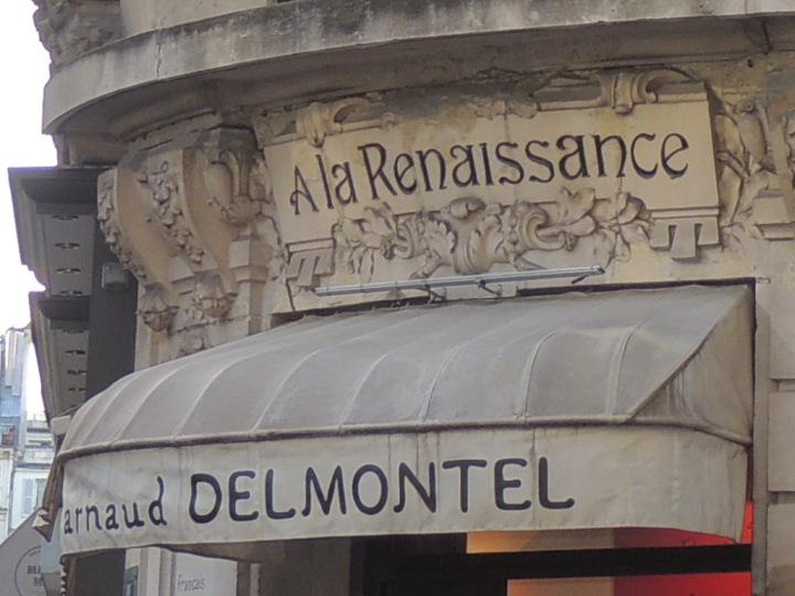Del Montel rue des Martyrs