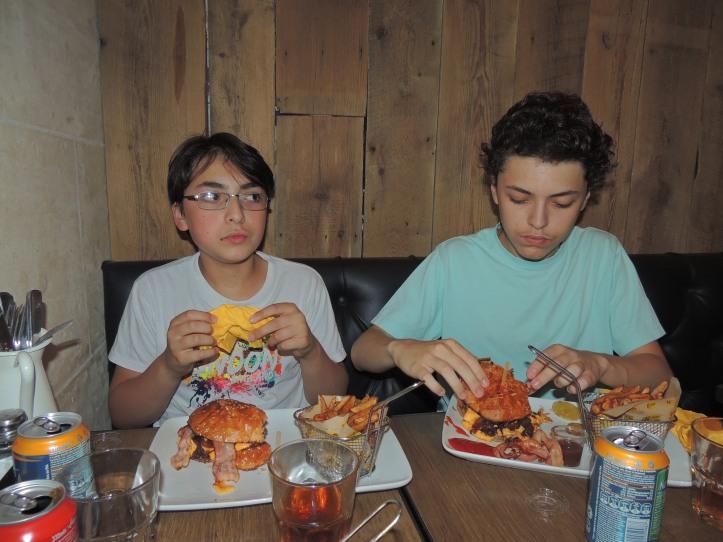 Mamie Burger juillet 2014 (2)