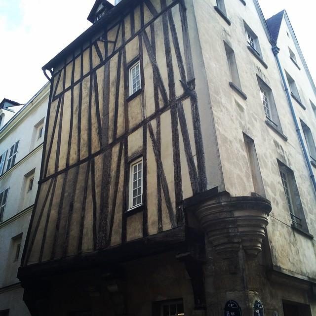 Rue François Miron Paris