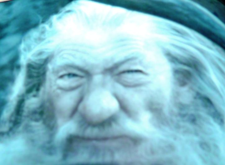 Un peu le pif vinassé Ganfdalf.