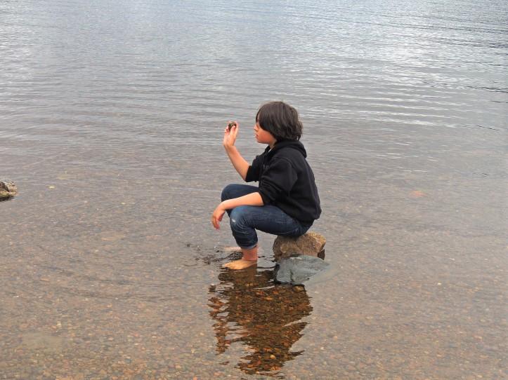 Jules attend Nessie Loch Ness