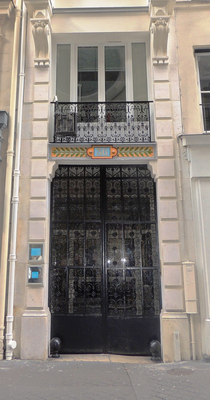 36 rue Saint-Sulpice.